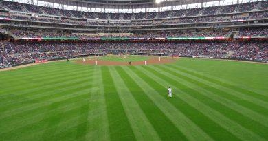 Fiesta en el Target Field, despues de 9 años ganaron Los Twins en el juego de apertura
