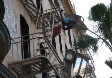 """¿Sabías el origen de la expresión """"Tirar la casa por la ventana""""?"""