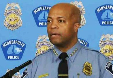 El jefe de la policía de Minneapolis, Arradondo, dice que se retira de las negociaciones del contrato sindical y anuncia otras reformas.