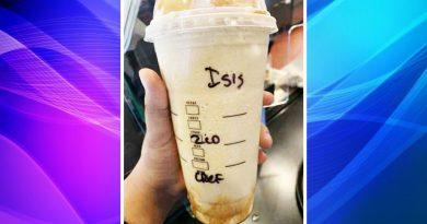"""Empleados de Starbucks escriben """"ISIS"""" en el vaso de un cliente en St Paul."""