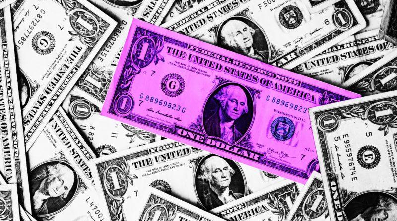 Habitantes de Minnesota atrapados en el desempleo pierden $600 de beneficio adicional establecido durante la pandemia.